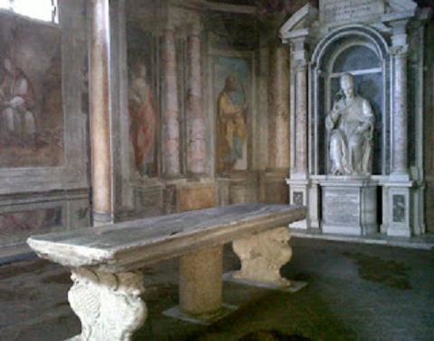 I sotterranei, la biblioteca e gli oratori di San Gregorio al Celio