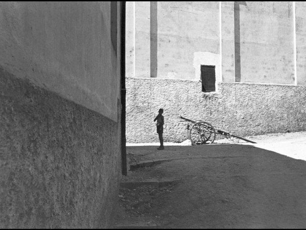 Henri Cartier-Bresson alla Mole Vanvitelliana