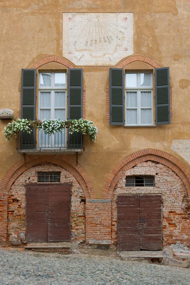 Storie di erbe, erbe nella storia – Visita guidata a Saluzzo