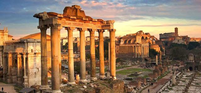 Passeggiando con gli Imperatori dal Campidoglio al Colosseo attraversando i Fori Imperiali