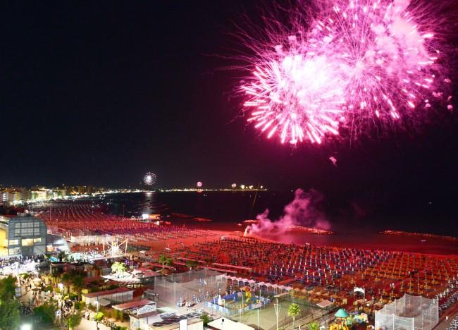 La Notte Rosa - Il Capodanno d'estate sulla Riviera Adriatica
